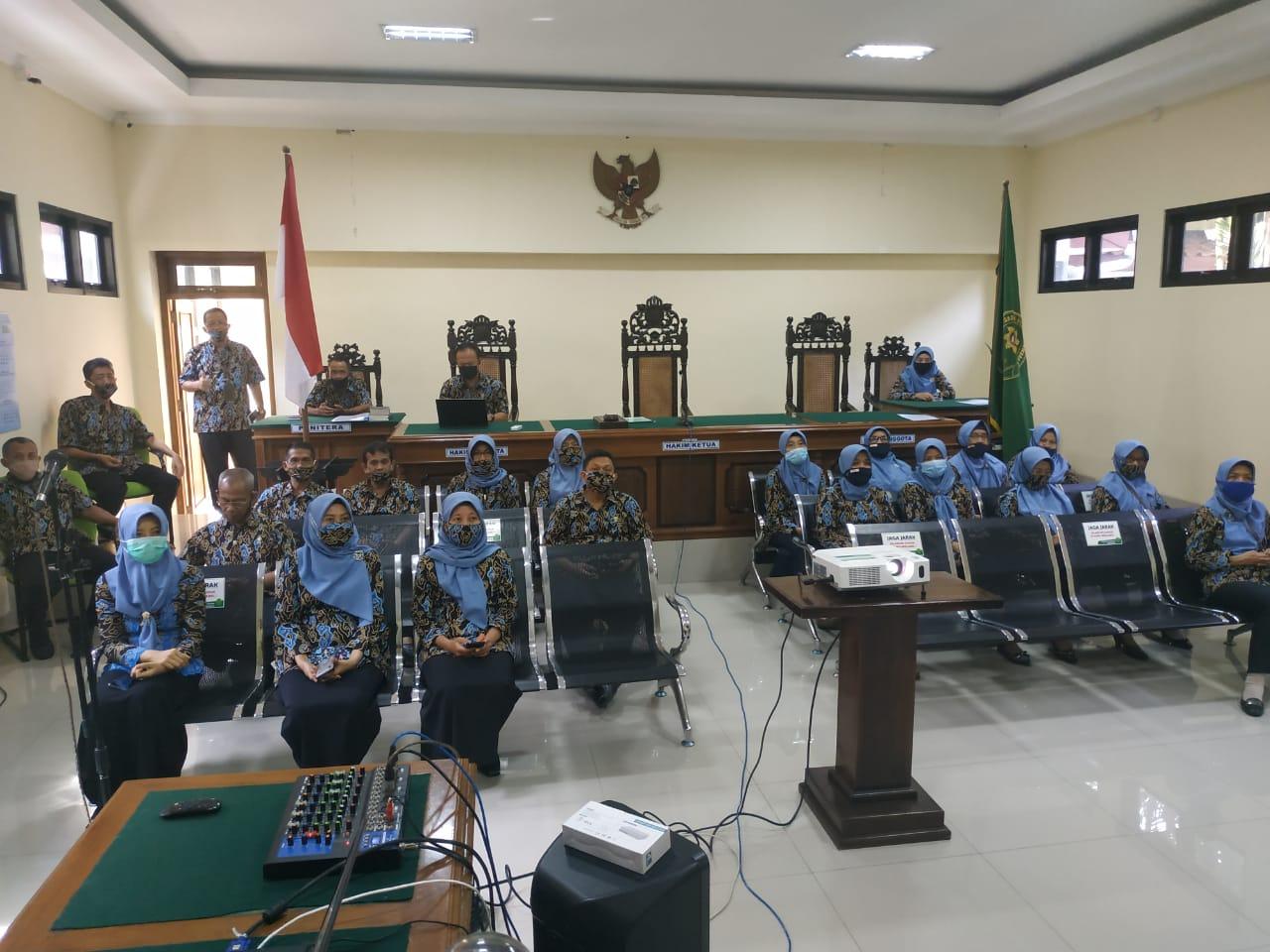 Pengadilan Negeri Purworejo mengikuti Webinar Beasiswa LPDP