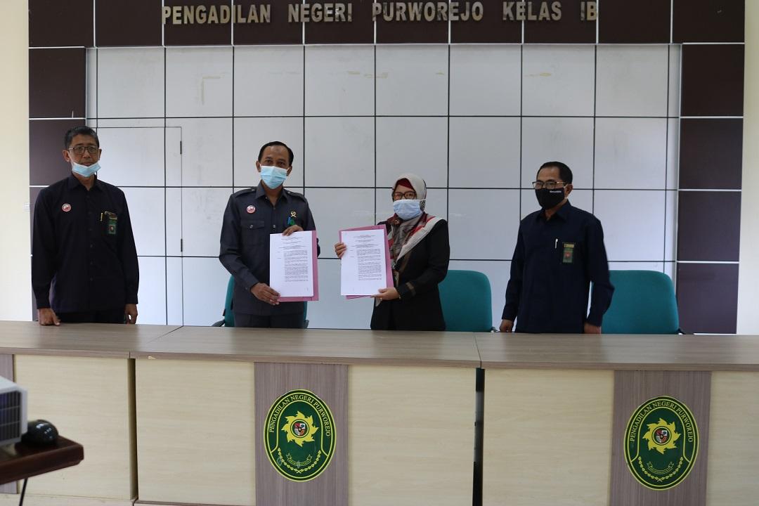 Penandatangan MoU Radius Panjar Biaya Perkara Pengadilan Negeri Purworejo dan Pengadilan Agama Purworejo
